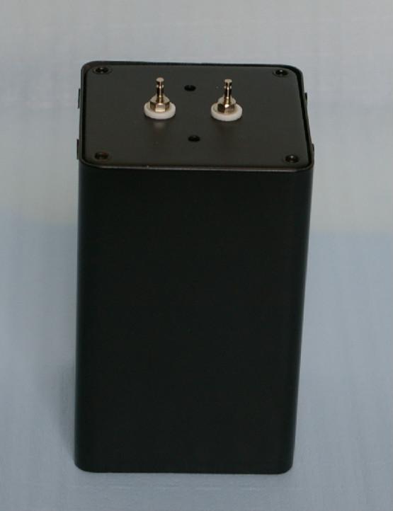 密閉型チョークインプット用チョーク 8H/200mAの写真です。
