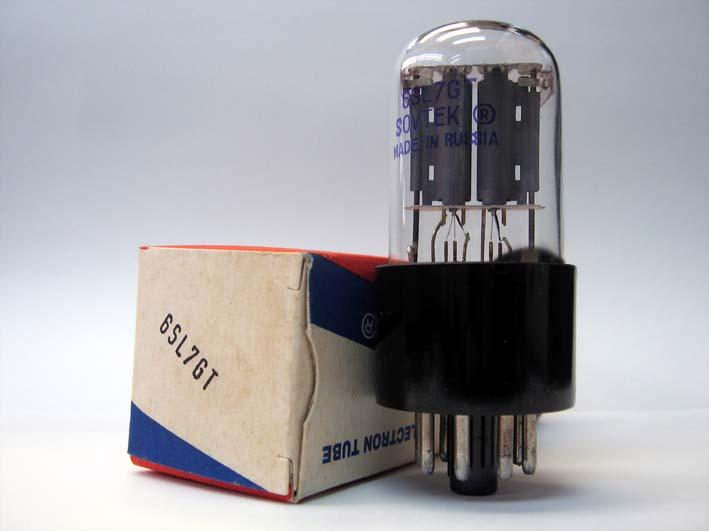 電圧増幅管の写真です。
